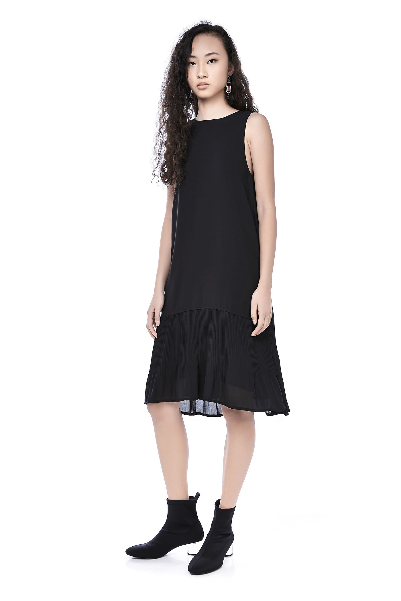Dresses The Editors Market Kemeja Row Hitam Shop At Velvet Beatrix Plisse Hem Dress