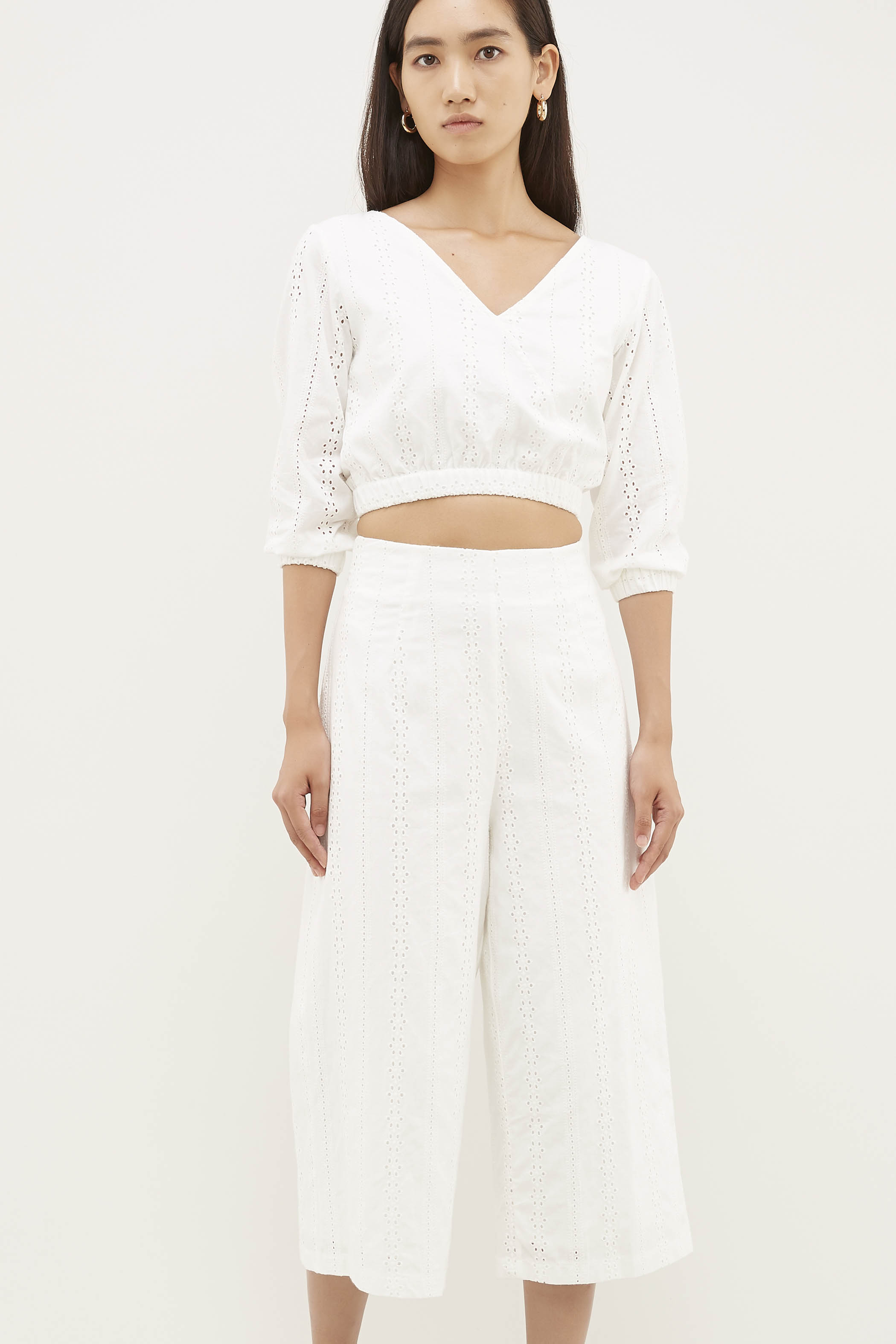 Kaiya V-Neck Crop Top