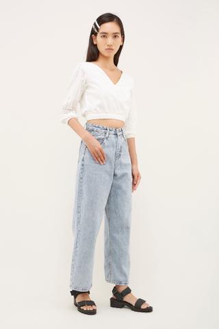 Levi Wide-Leg Jeans