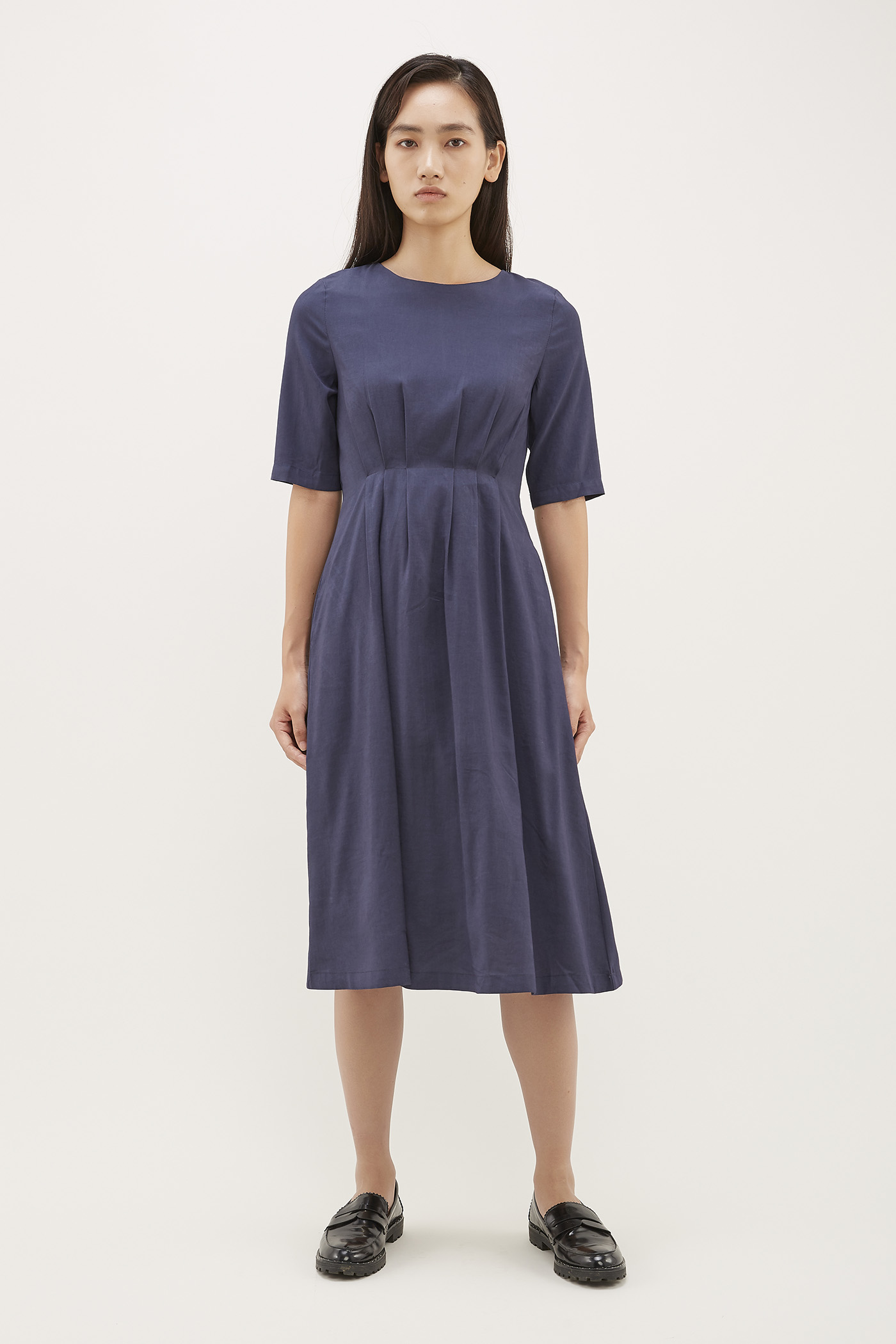 Aara Tuck-Seam Dress