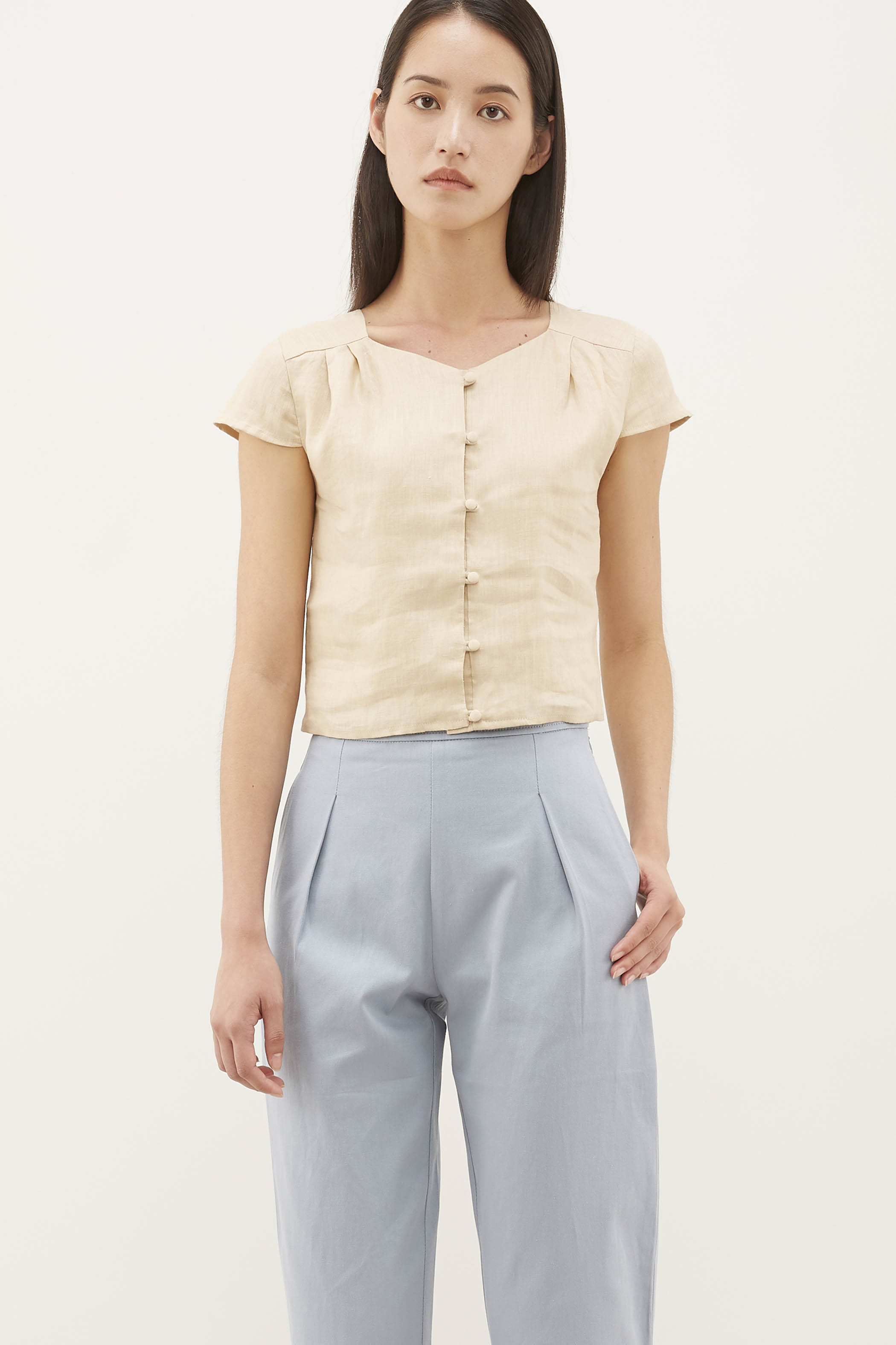 Akira Box Pleat Top