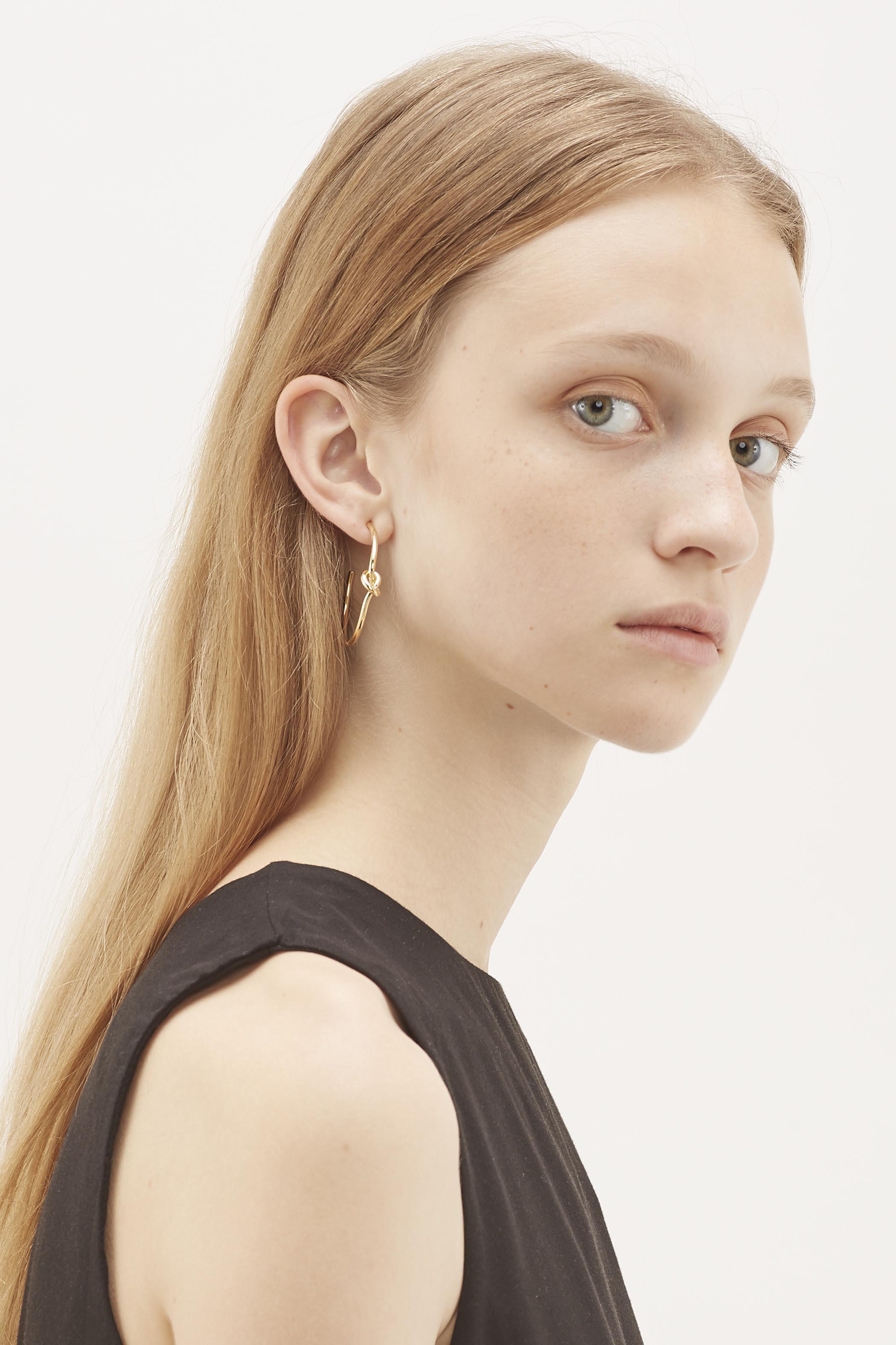 Ylva Knot Hoop Earrings