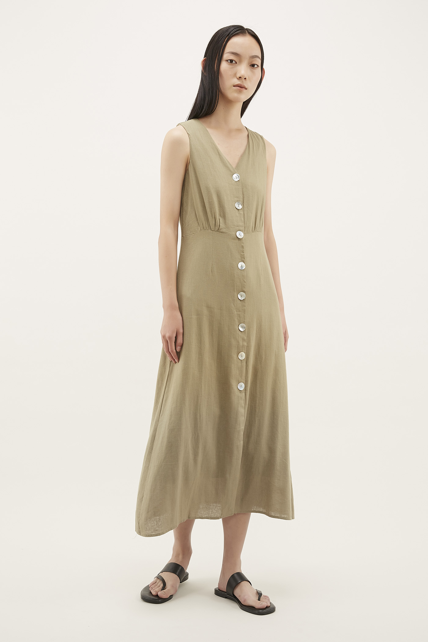 Emavy V-neck Column Dress