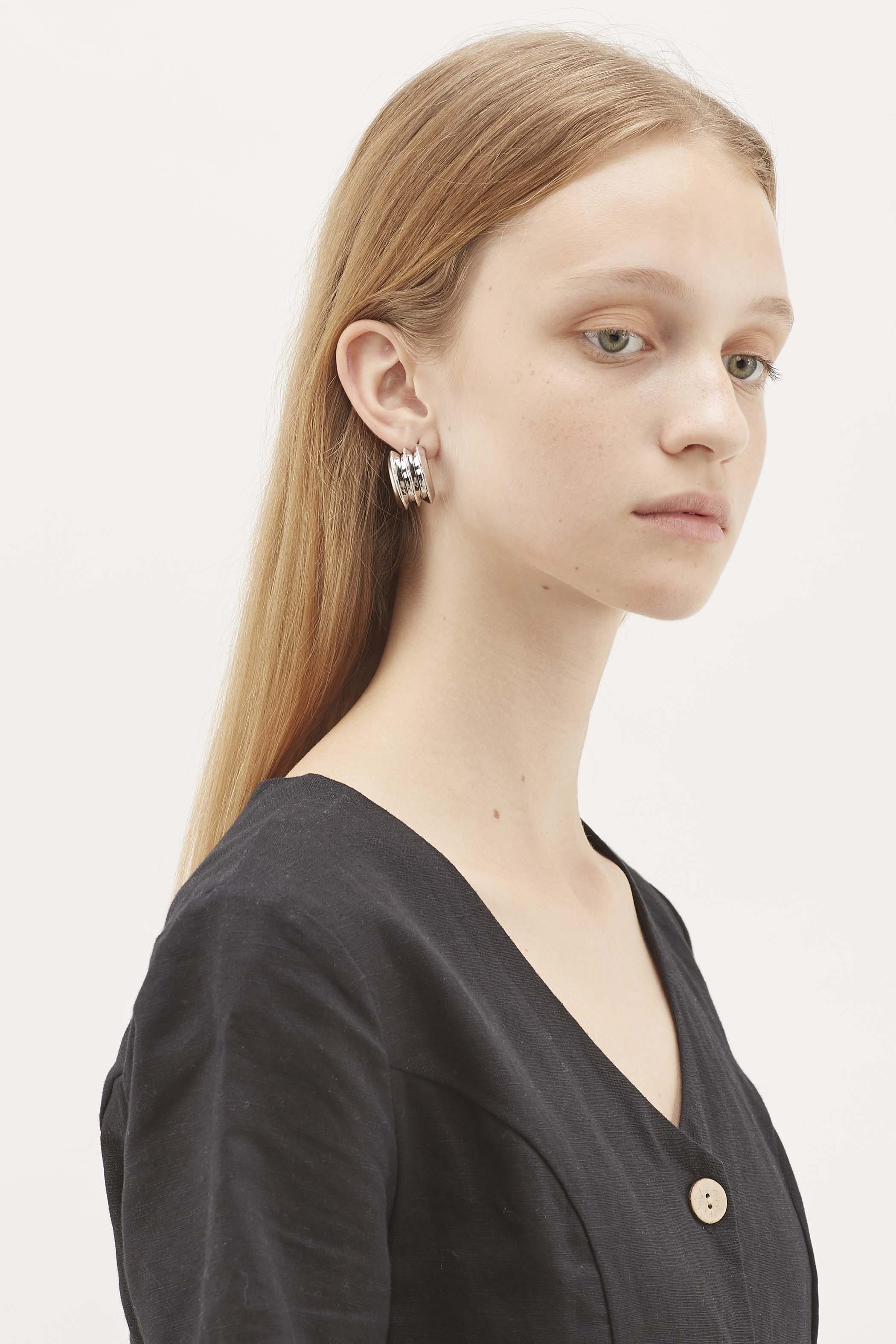 Motya Stud Earrings