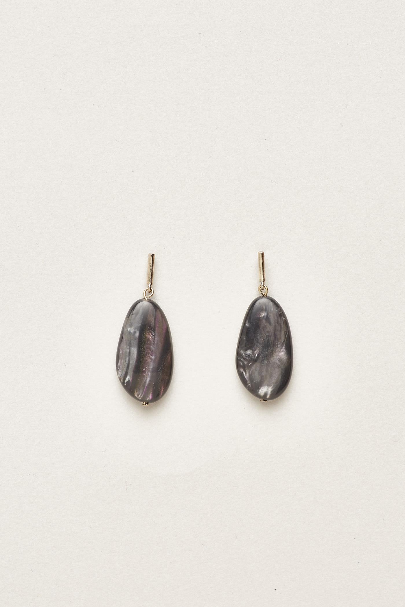 Borya Resin Drop Earrings