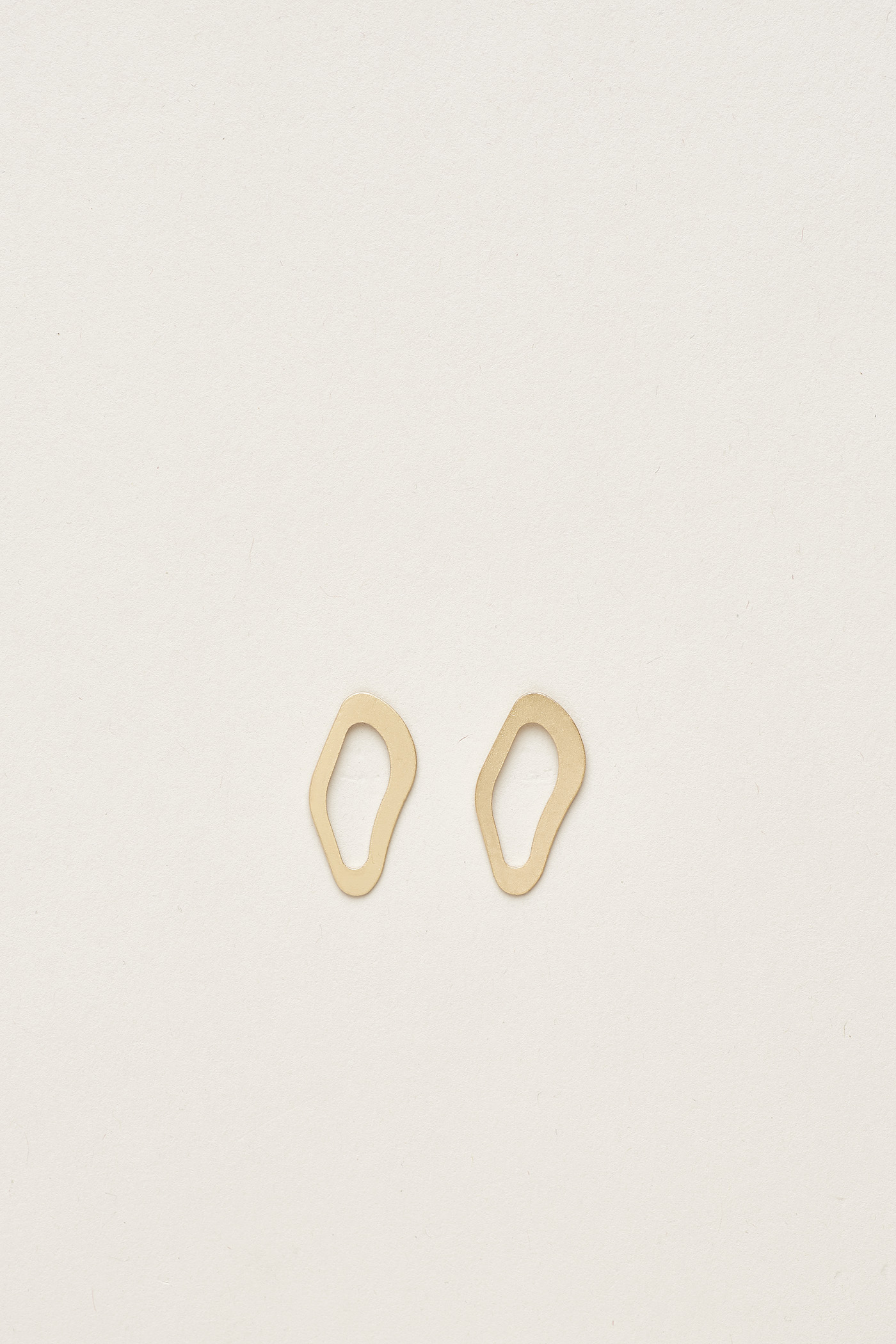 Njal Flat Angular Ear Studs