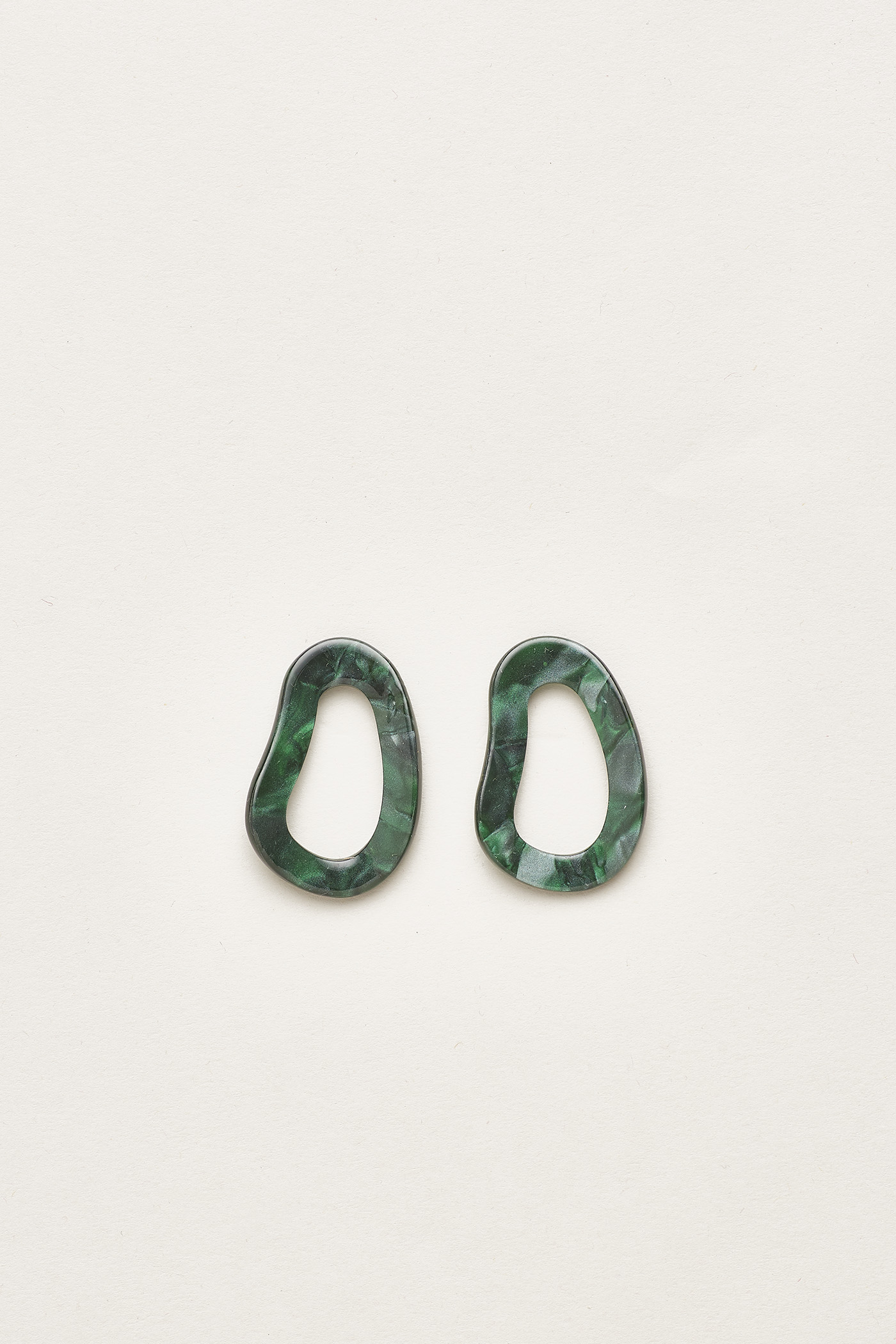 Kaleo Molten Resin Earrings