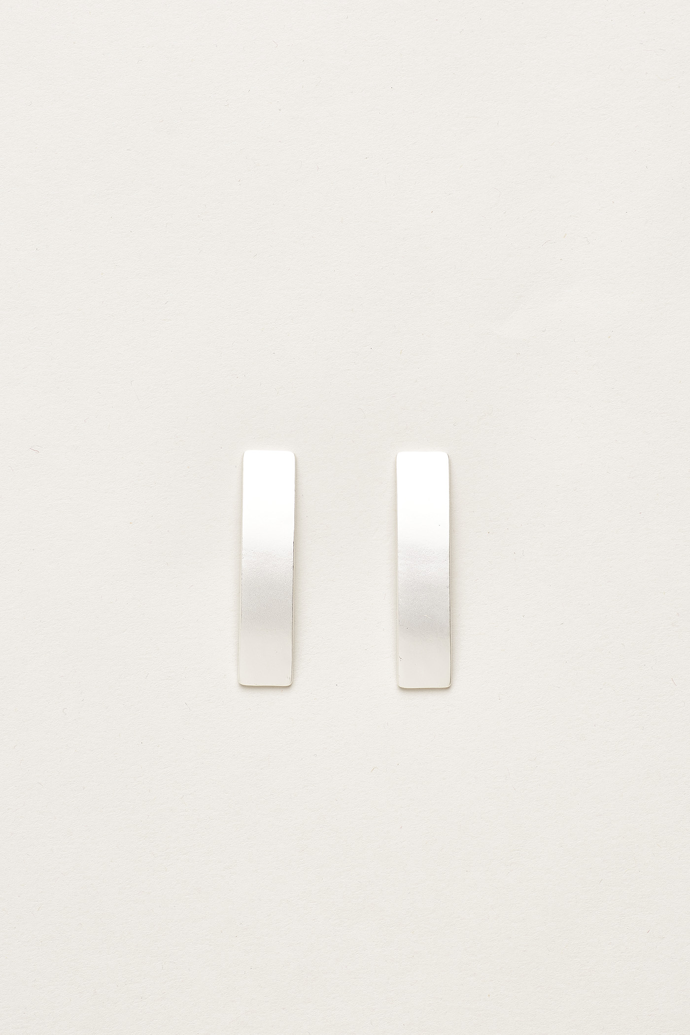 Nitya Flat Bar Earrings