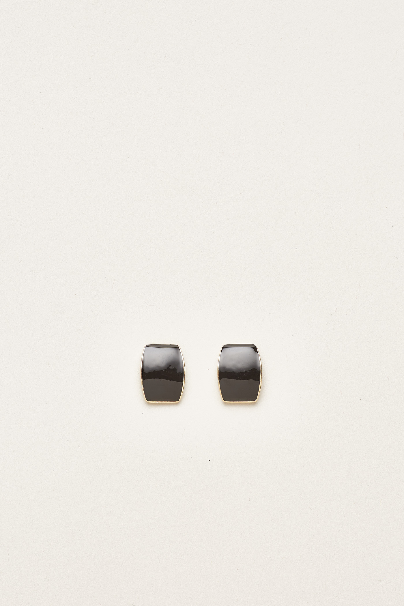 Alois Curved Ear Studs