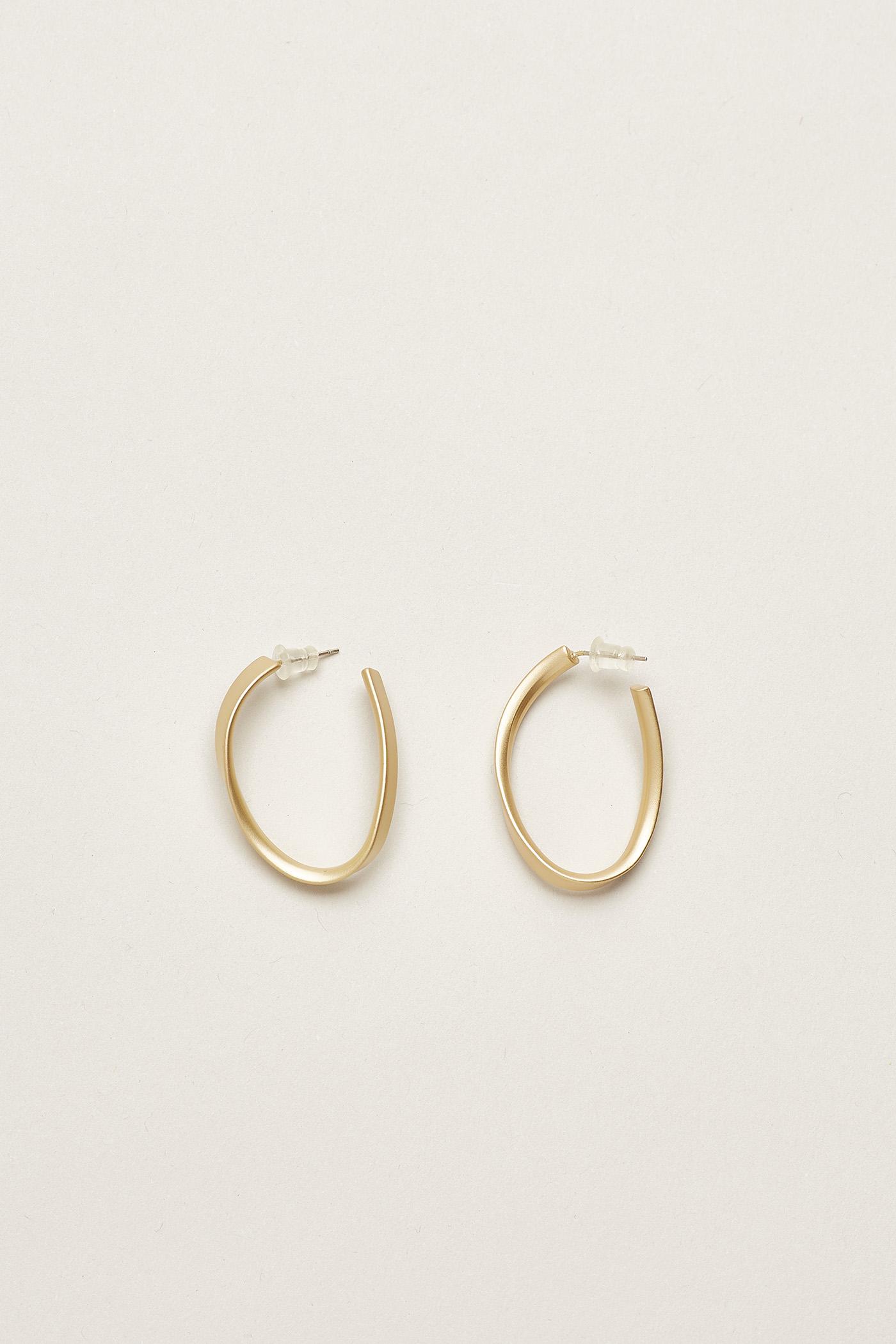 Eydis Wave Hoop Earrings