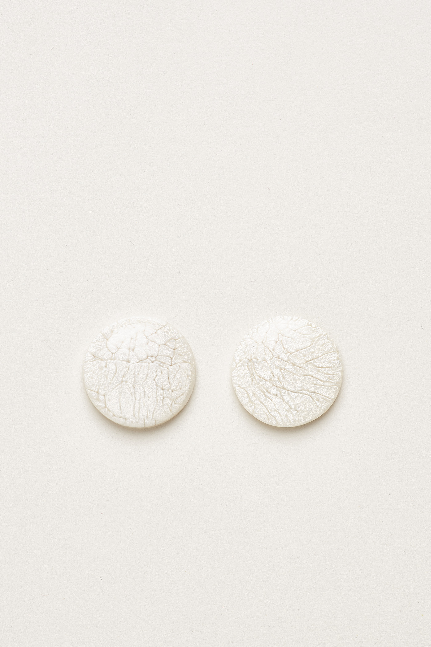 Yulla Oversized Ear Studs