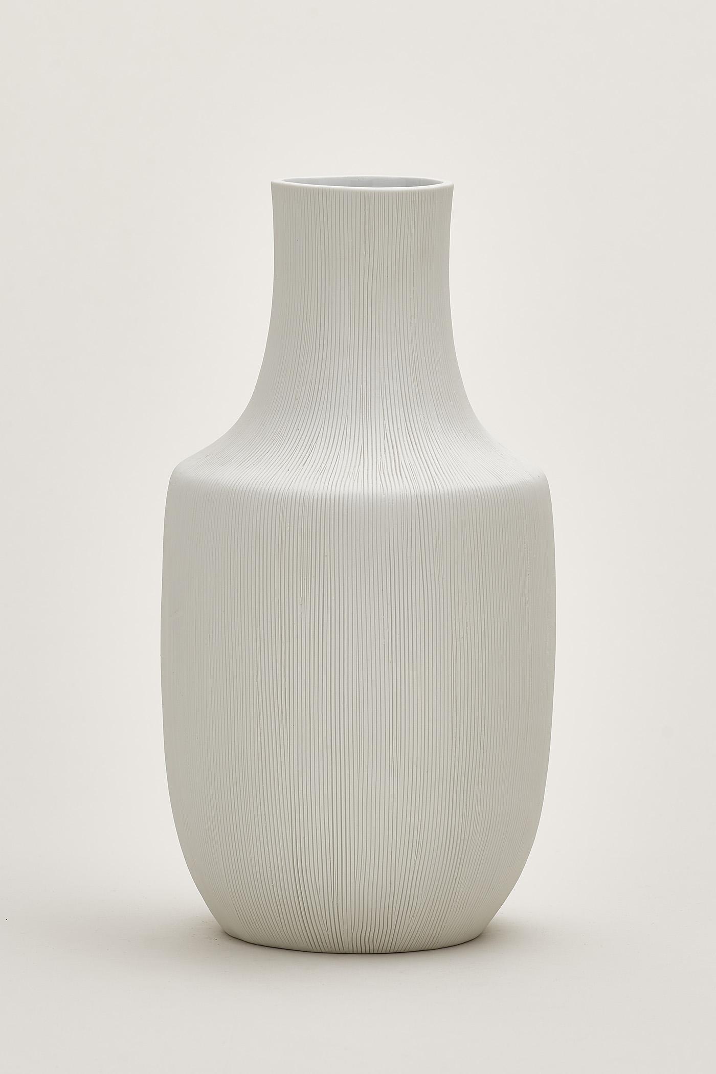 Edda Line-Etched  Vase