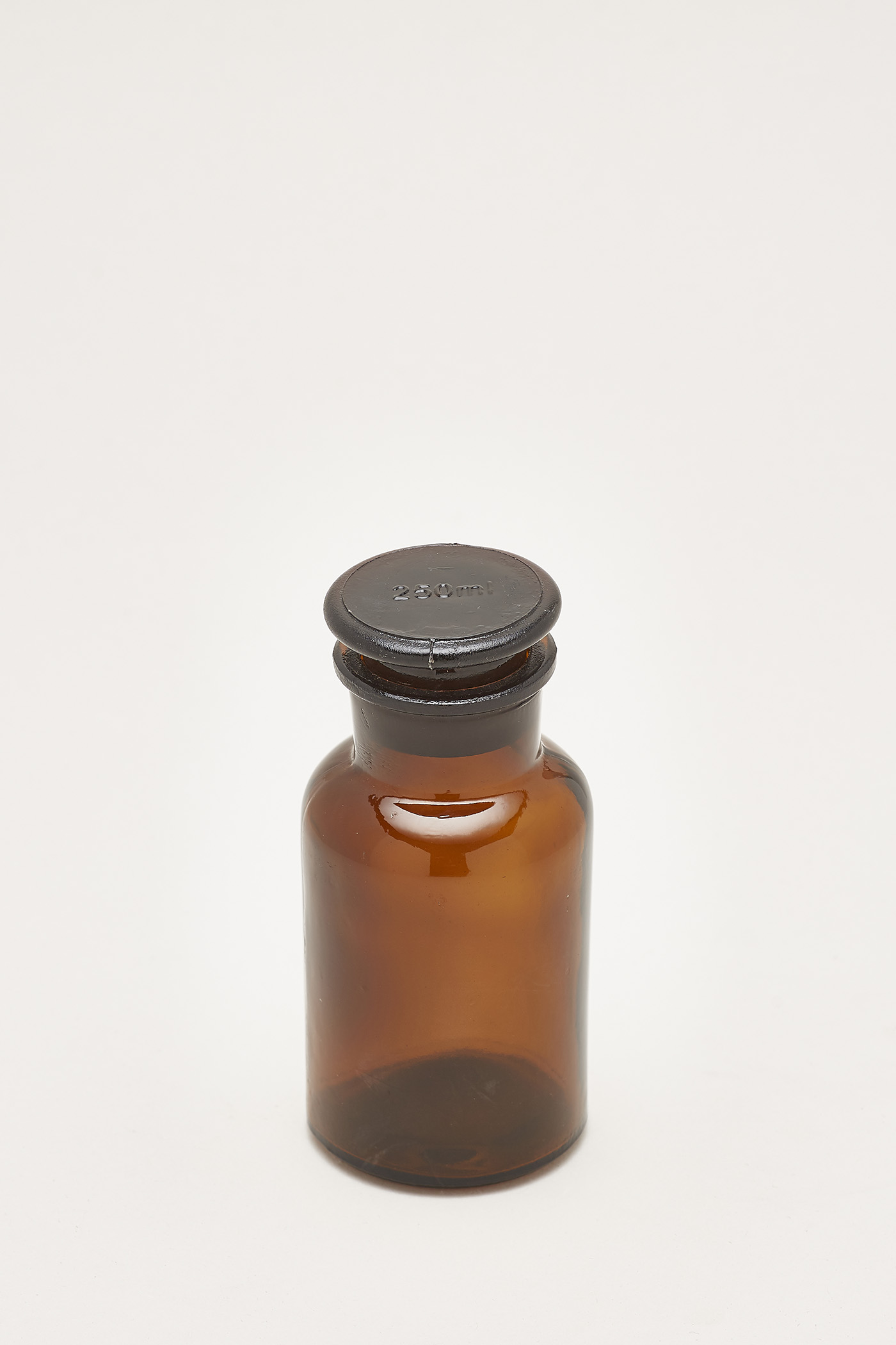 Inca Medium Apothecary Bottle with Lid