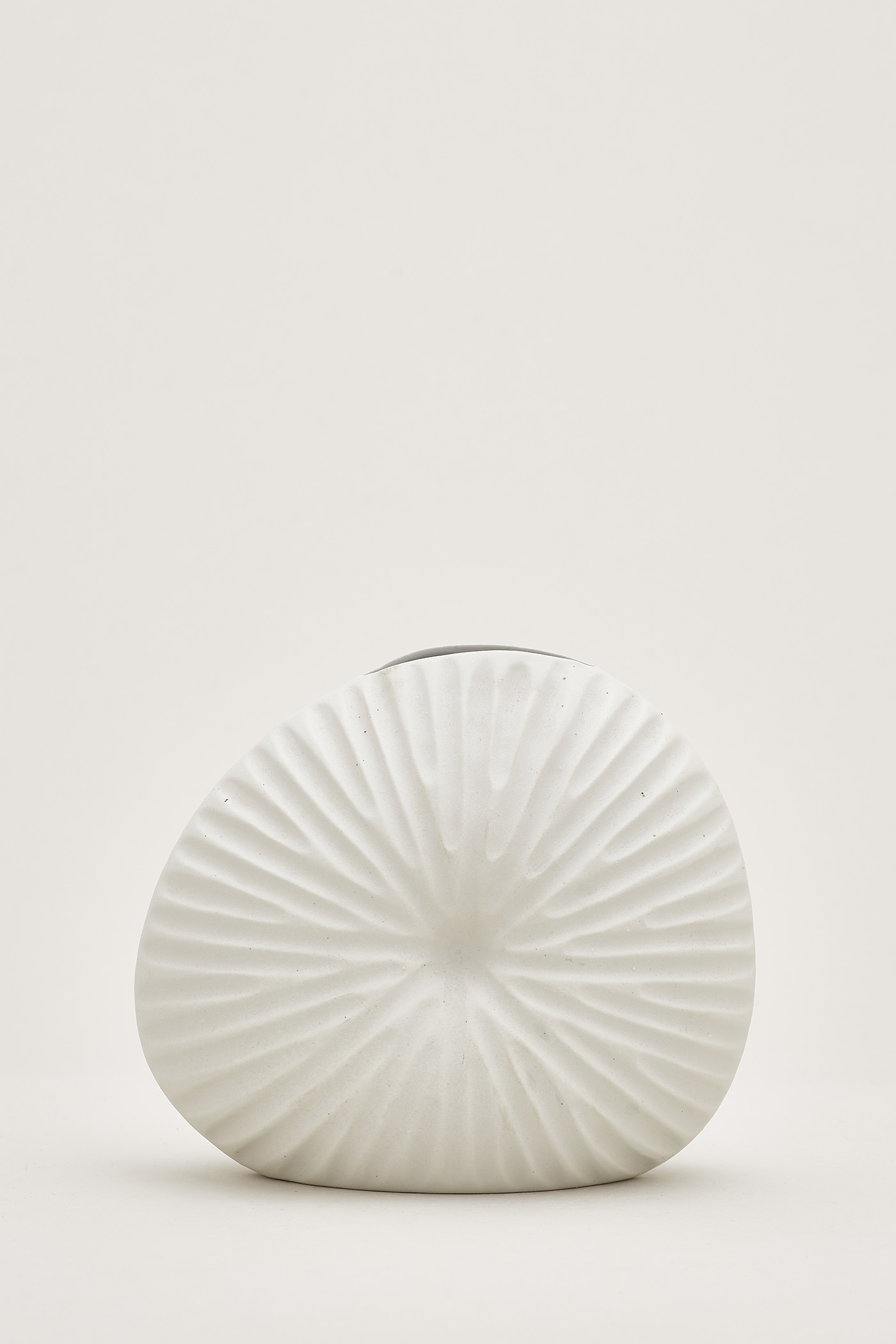 Irena Large Shell Vase