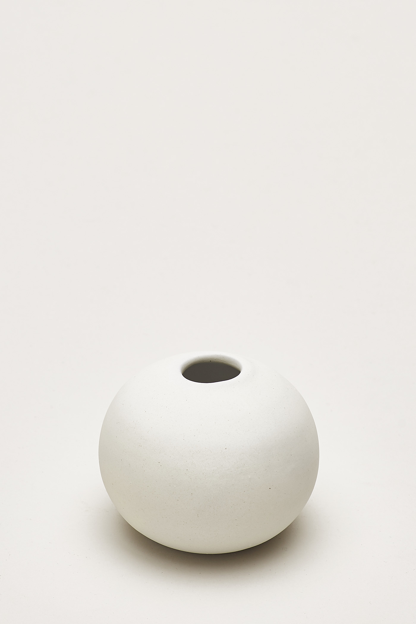 Minori Small Sphere Vase