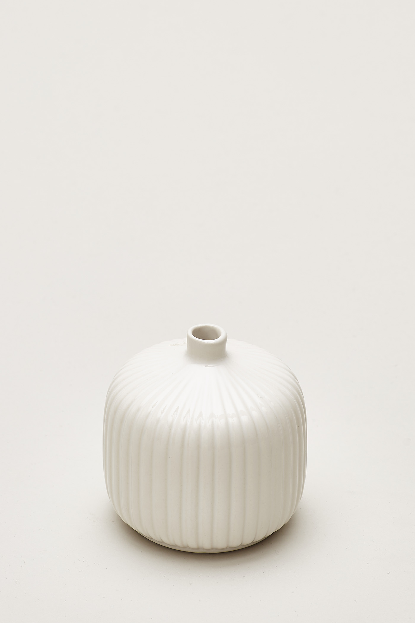 Nilsen Reeded Small Round Vase