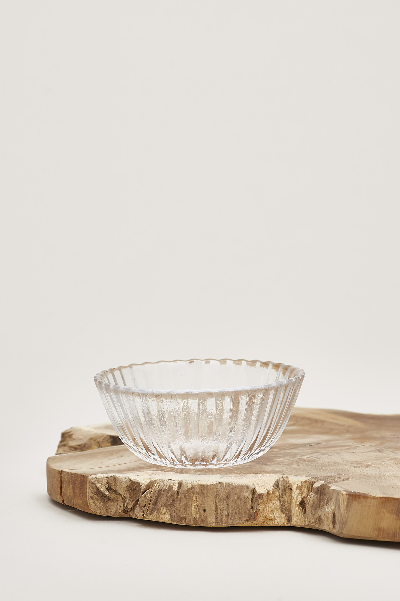Oydis Reeded-Glass Bowl