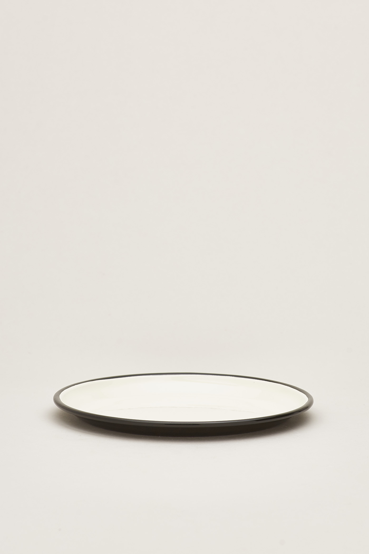 Rolf Enamel Medium Plate