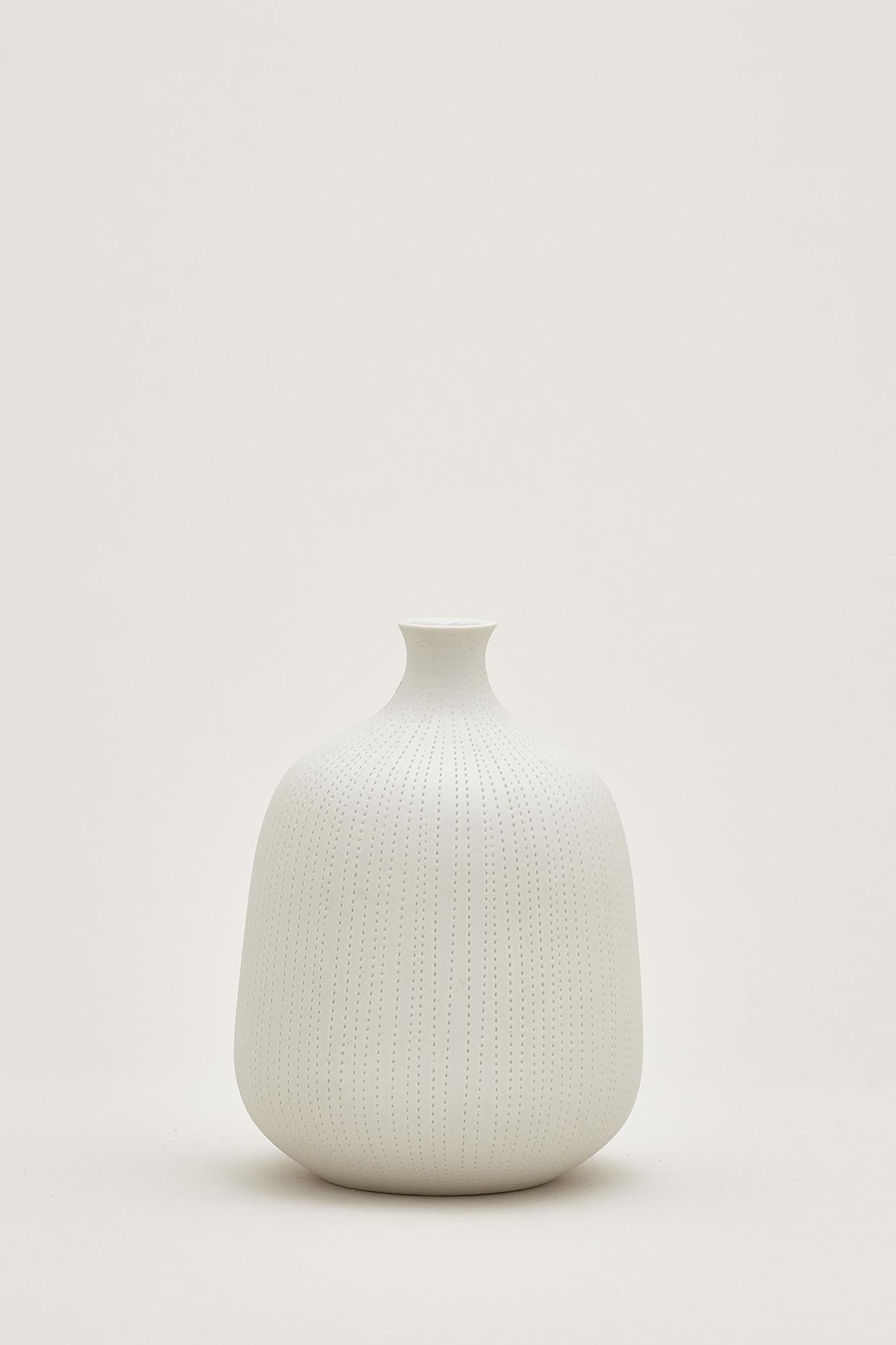 Yuki Dotted Round Vase