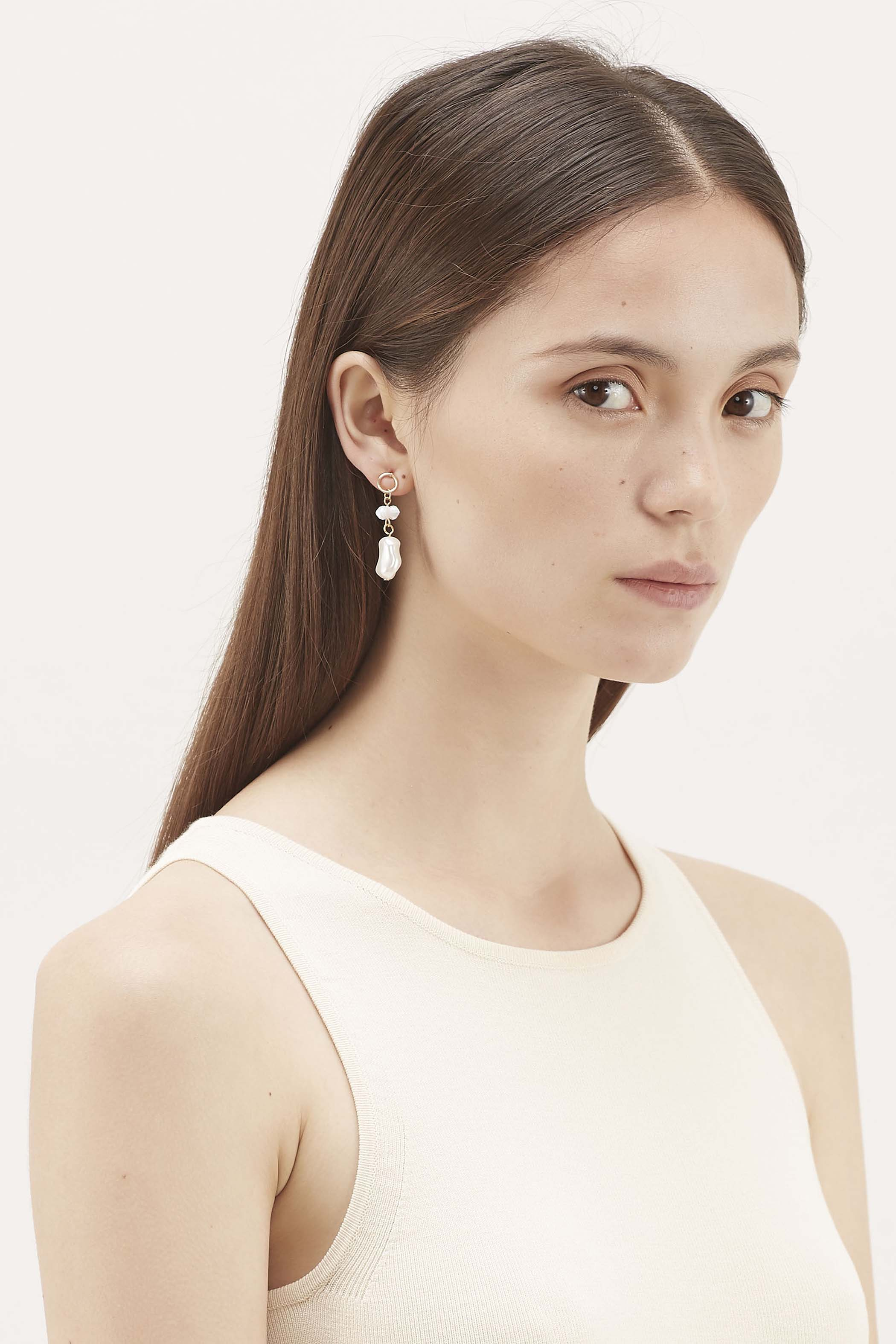 Sutton Pearl Drop Earrings