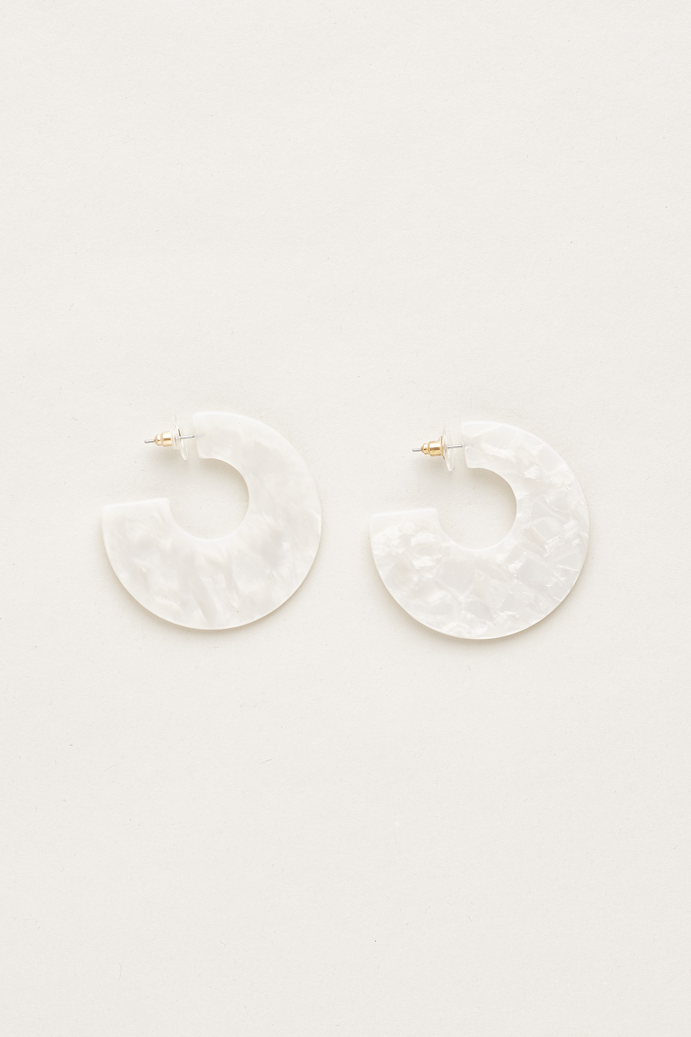 Fenia Flat Earrings