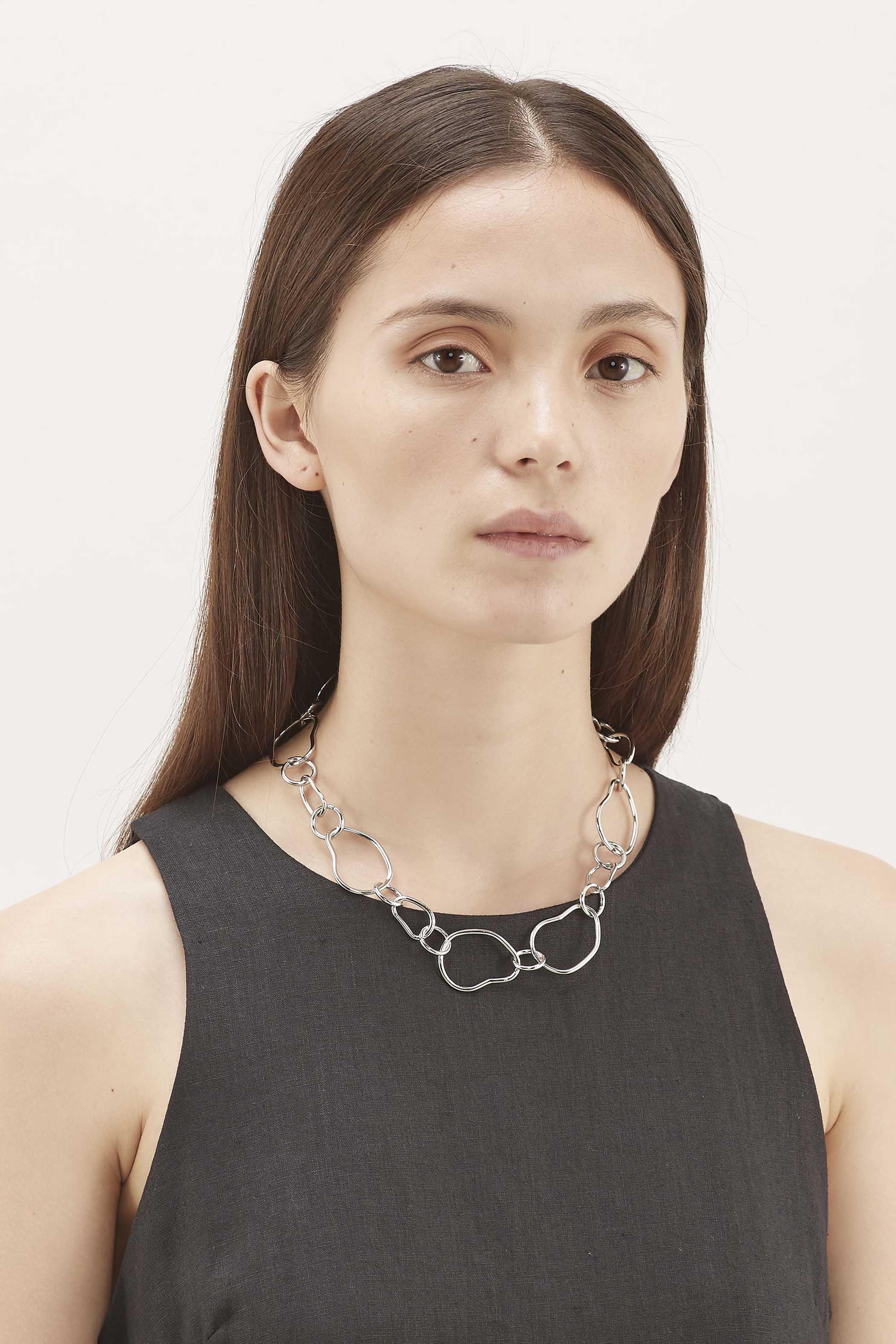Wecket Irregular Circle Necklace