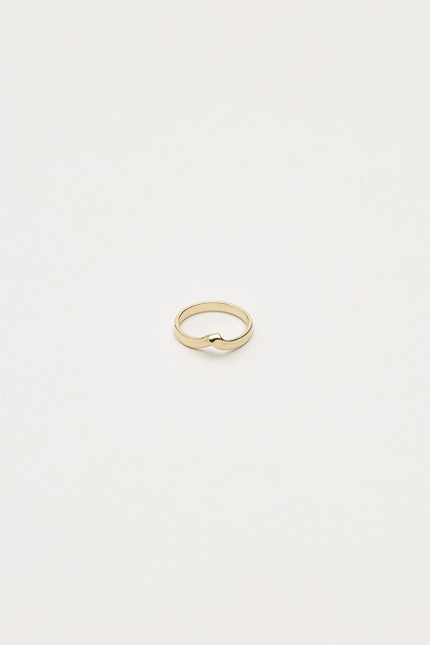 Narne Twist Ring