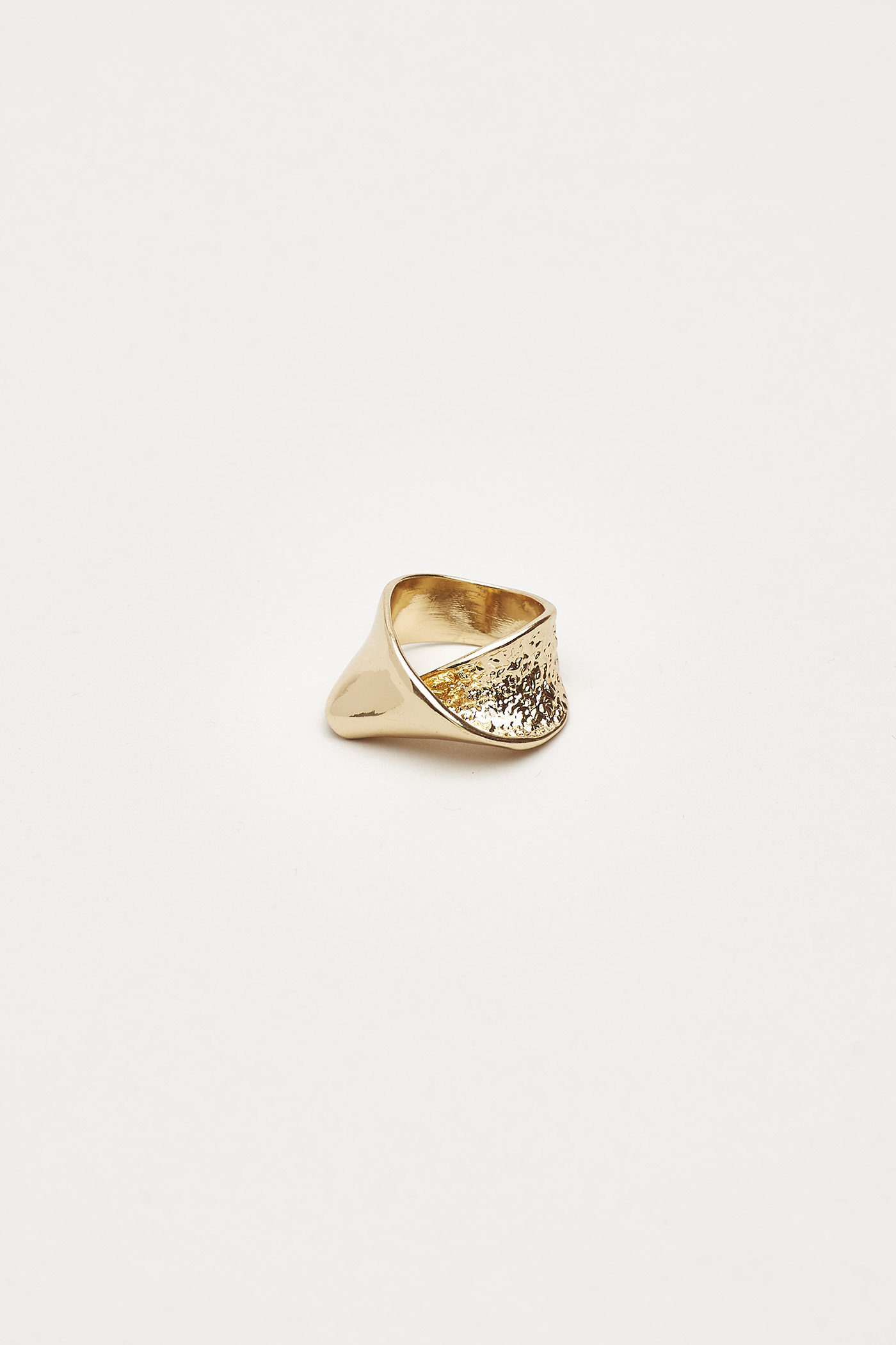 Wayde Abstract Ring
