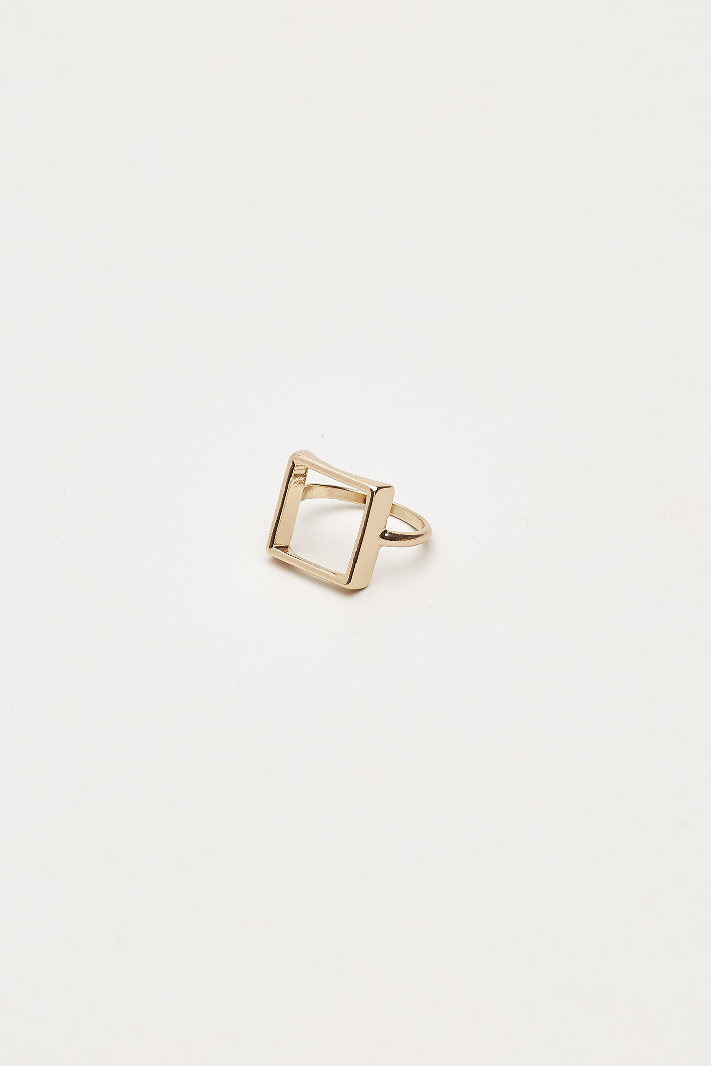 Eilert Open Square Ring