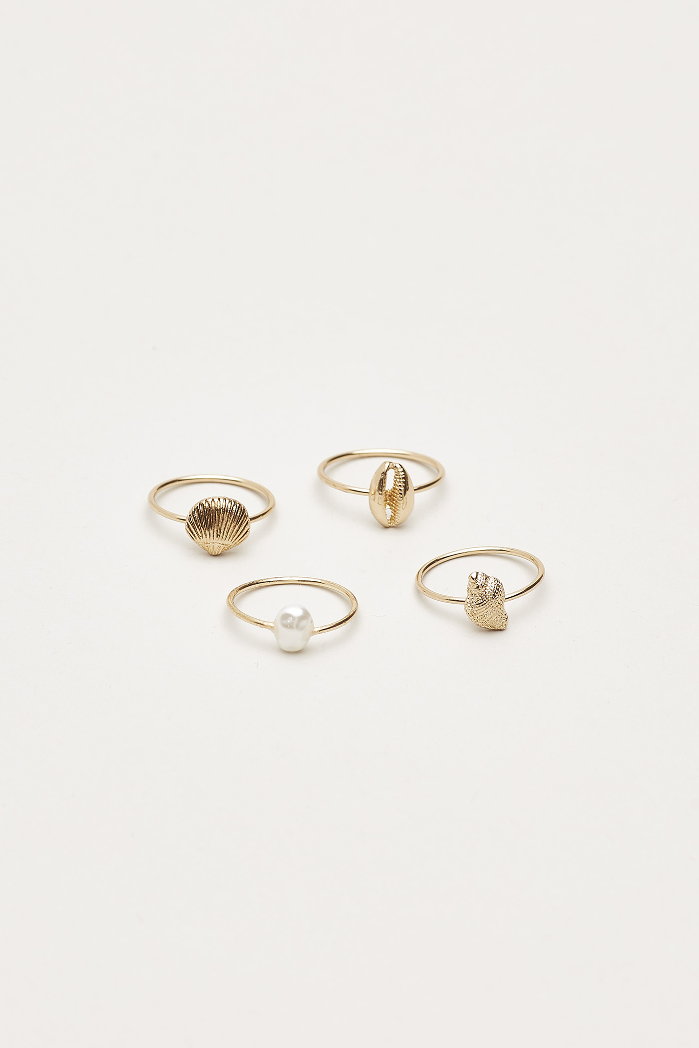 Abbott Seashell Ring Set
