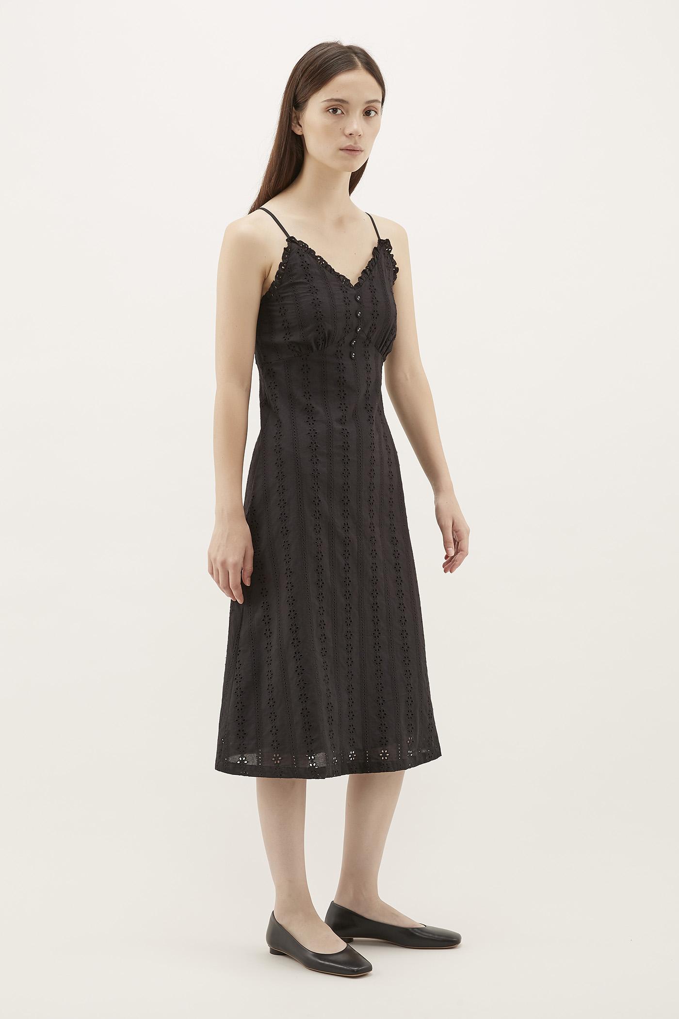 Bevy Broderie Midi Dress