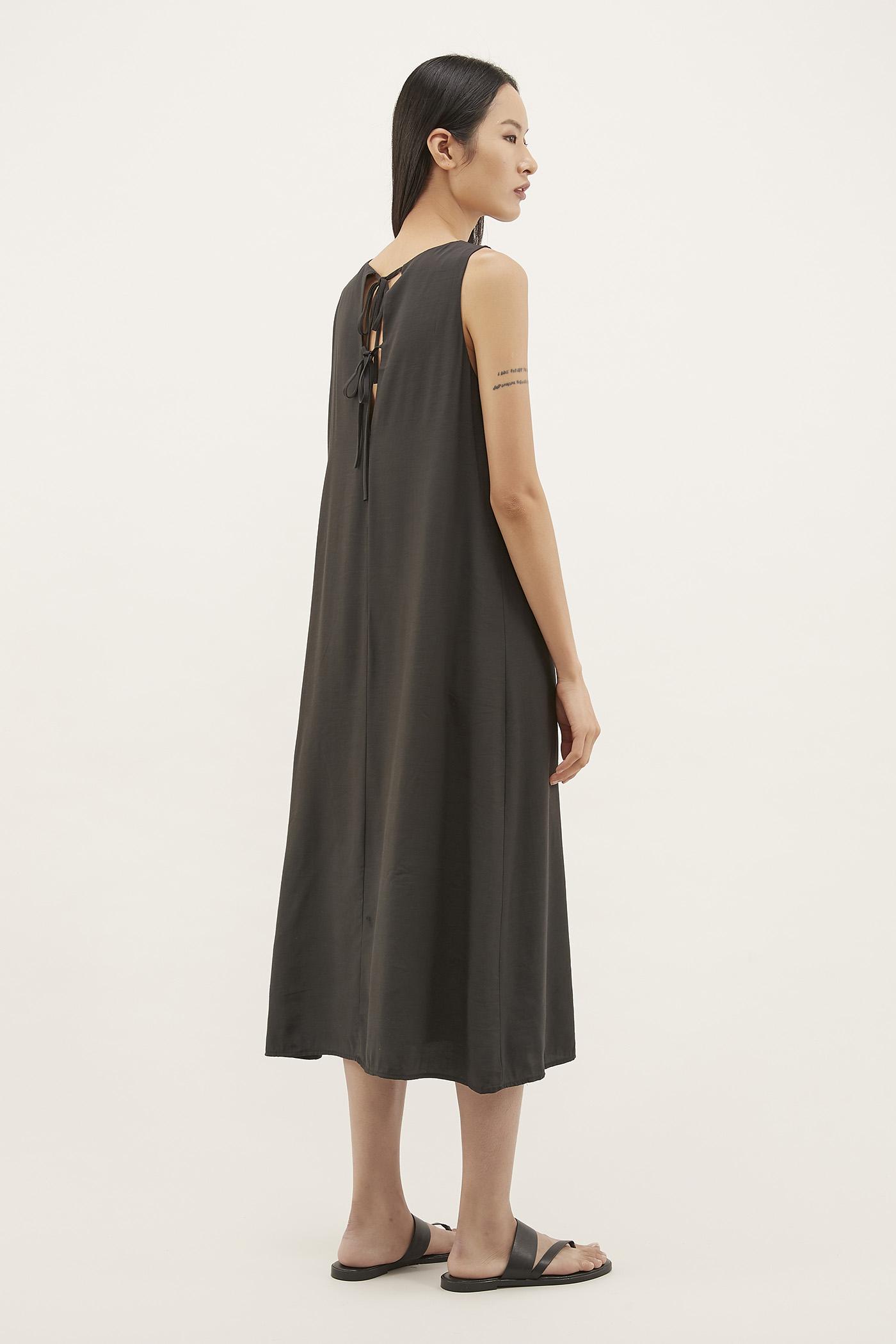 Liyana Strap-tie Maxi Dress