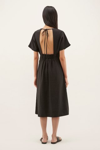 Alasis Wide-sleeved Dress