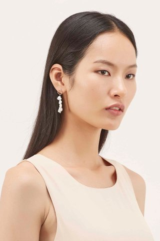 Erinna Pearl Earrings