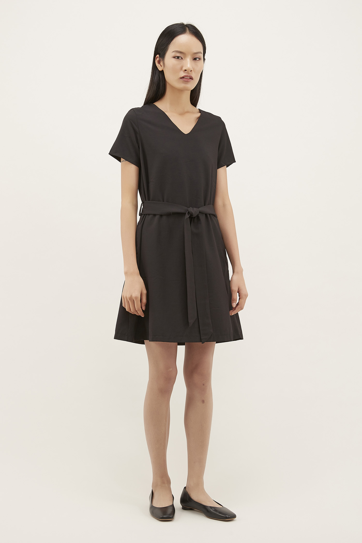 Beryl V-neck Relaxed Dress