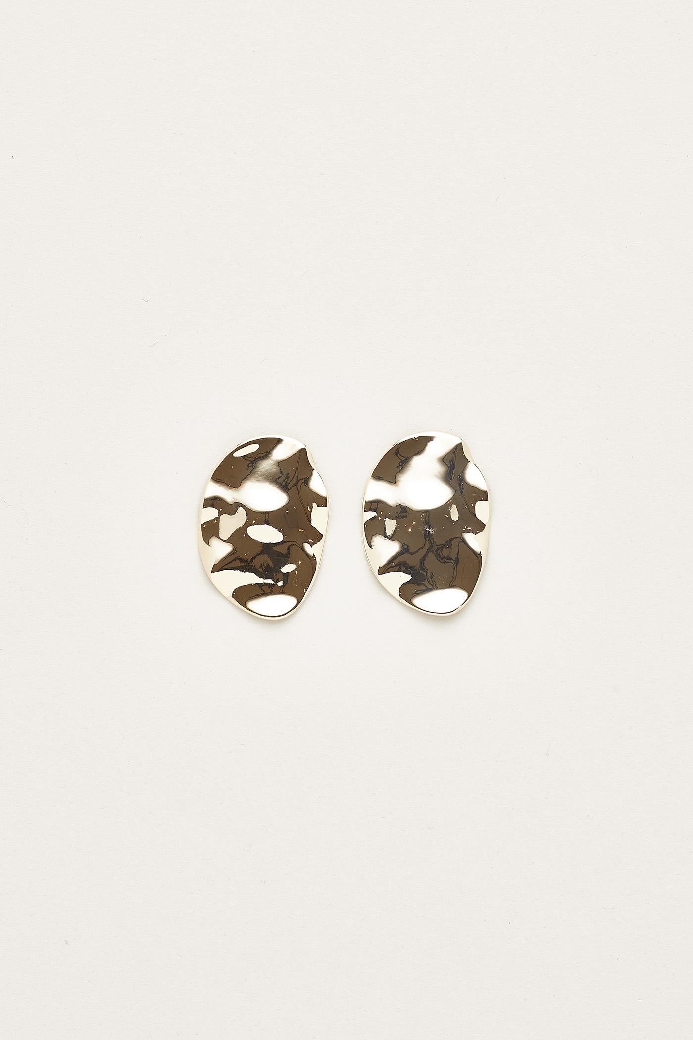 Chelsia Molten Earrings