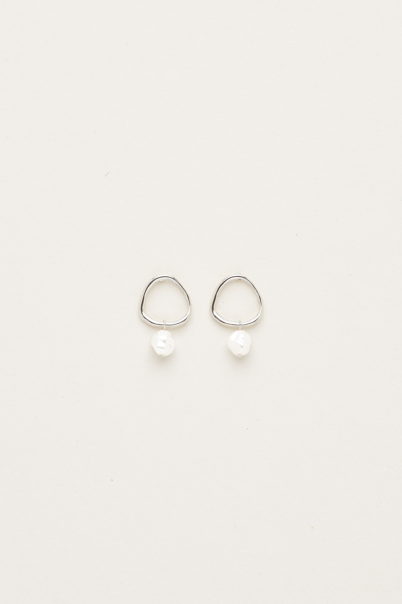 Medora Pearl Earrings