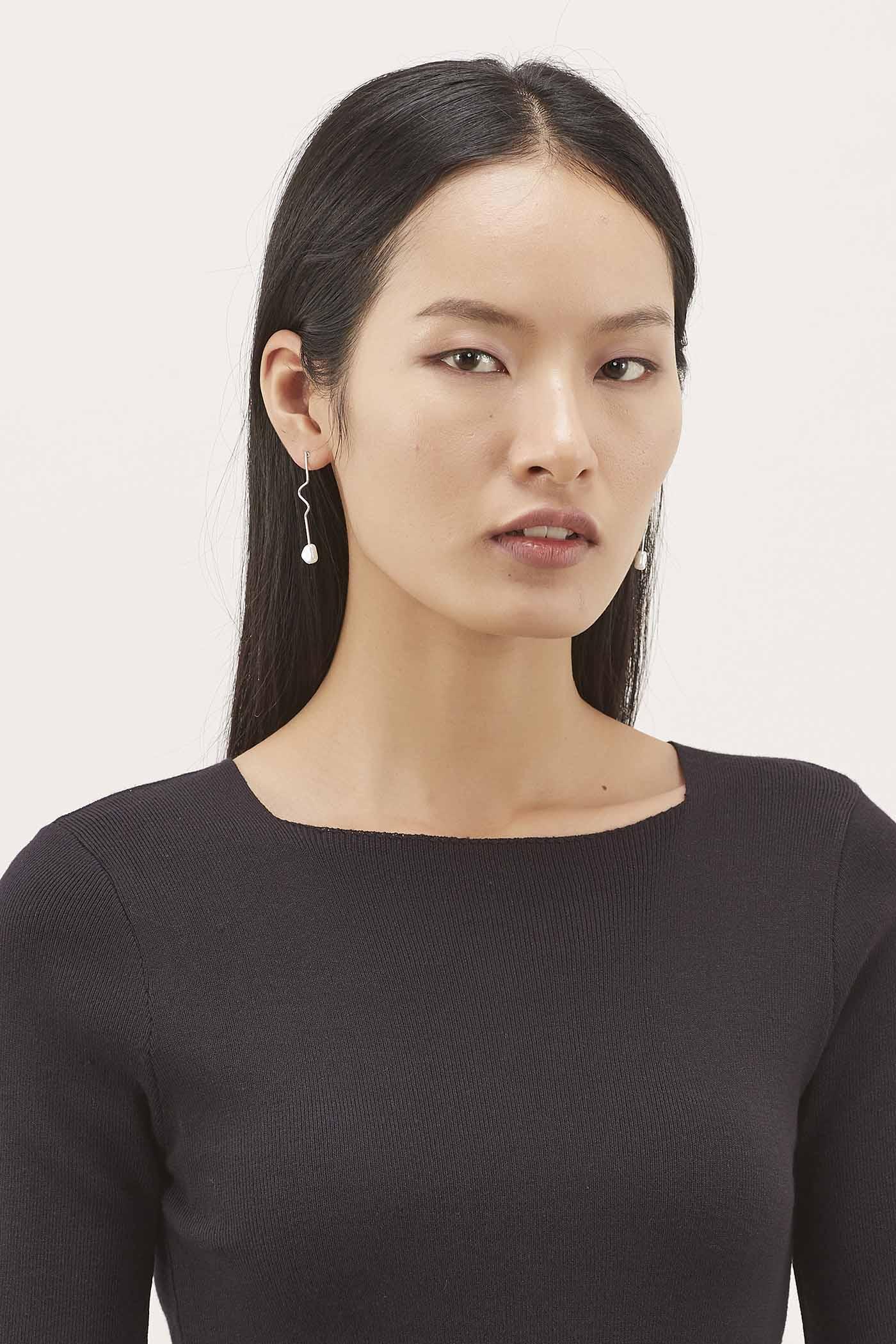 Vikki Pearl Earrings