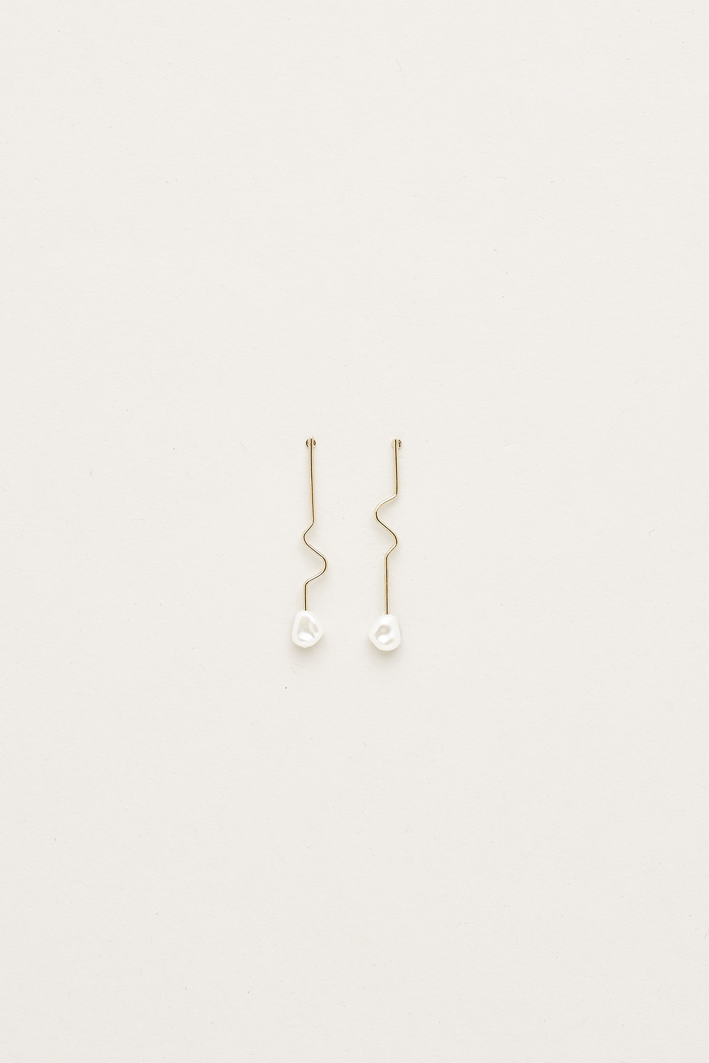 Vikki Pearl Earrings