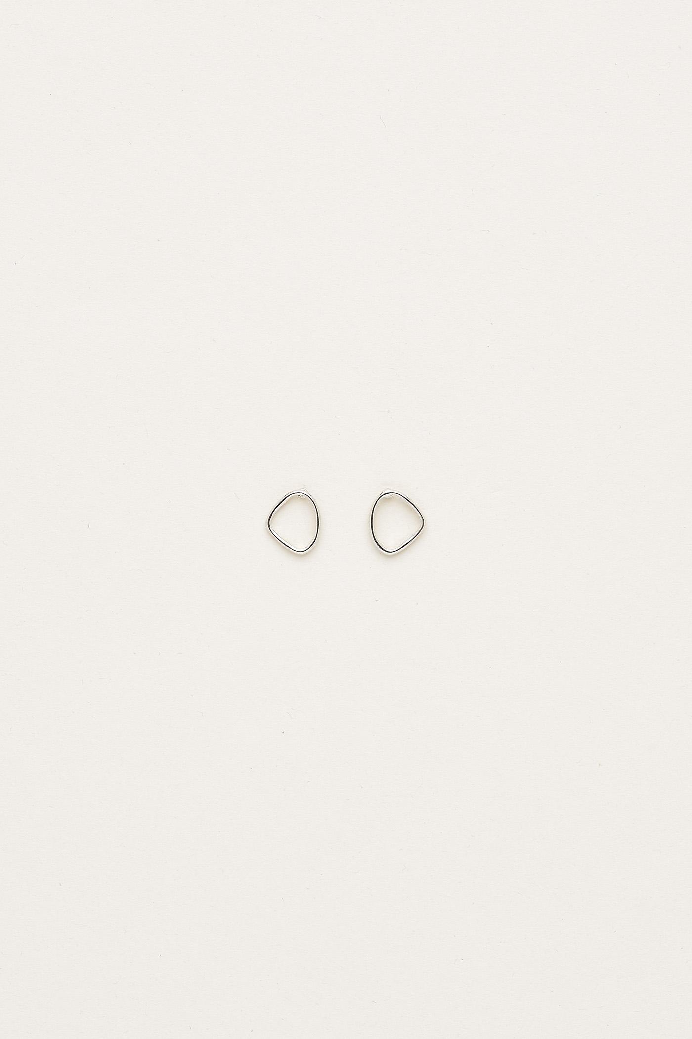Brianda Curved Earrings