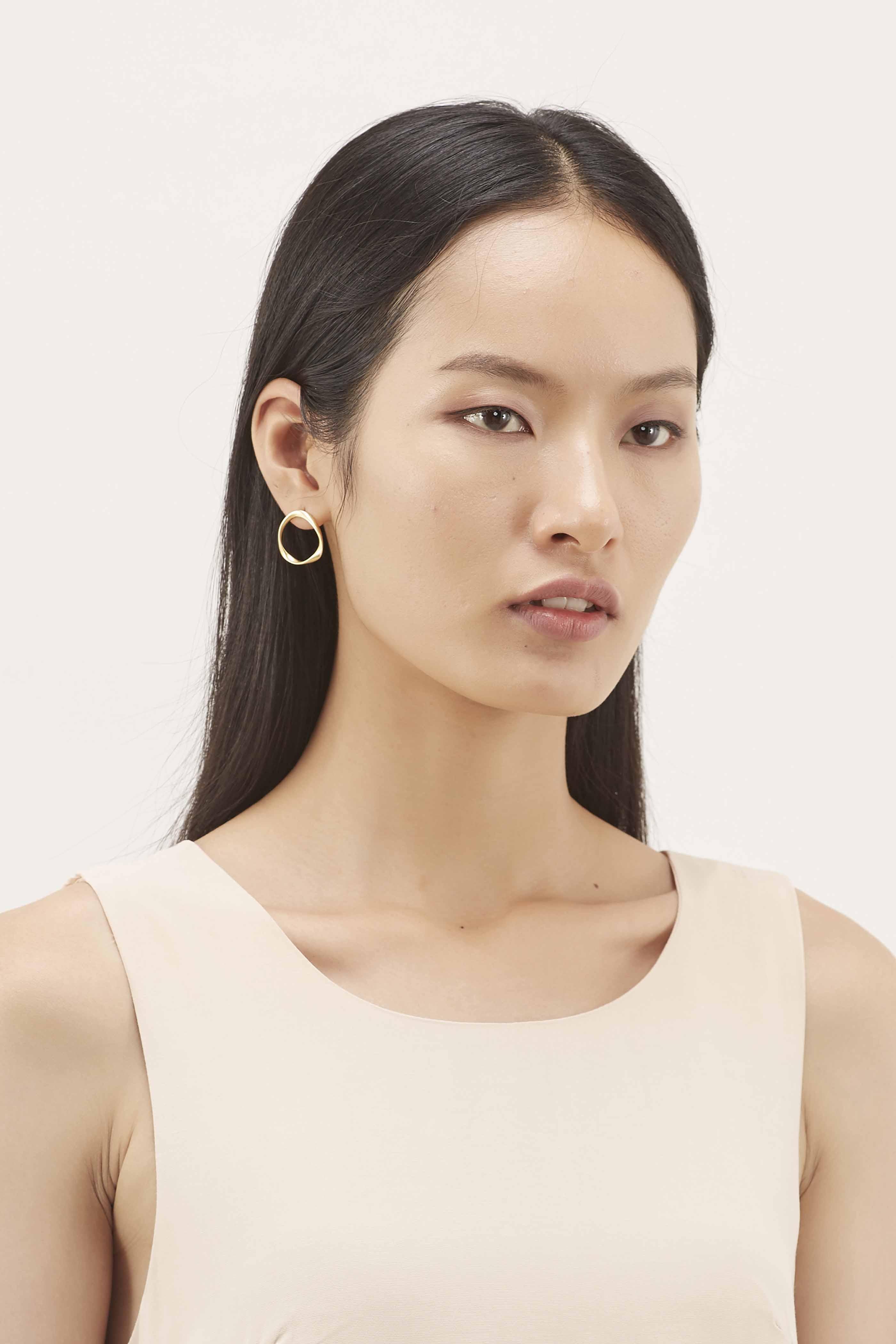 Elysa Twist Earrings