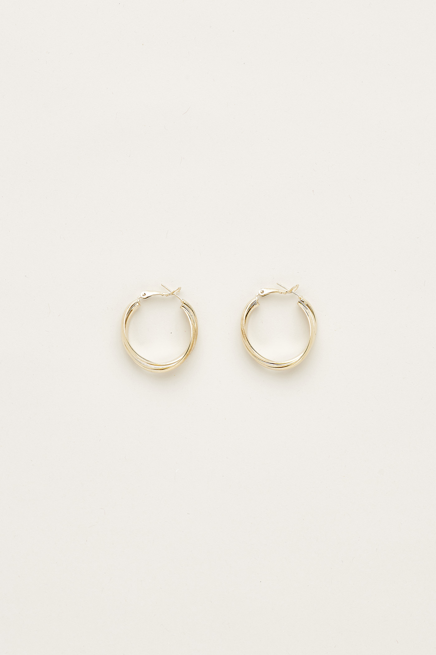 Xenia Twist Hoop Earrings
