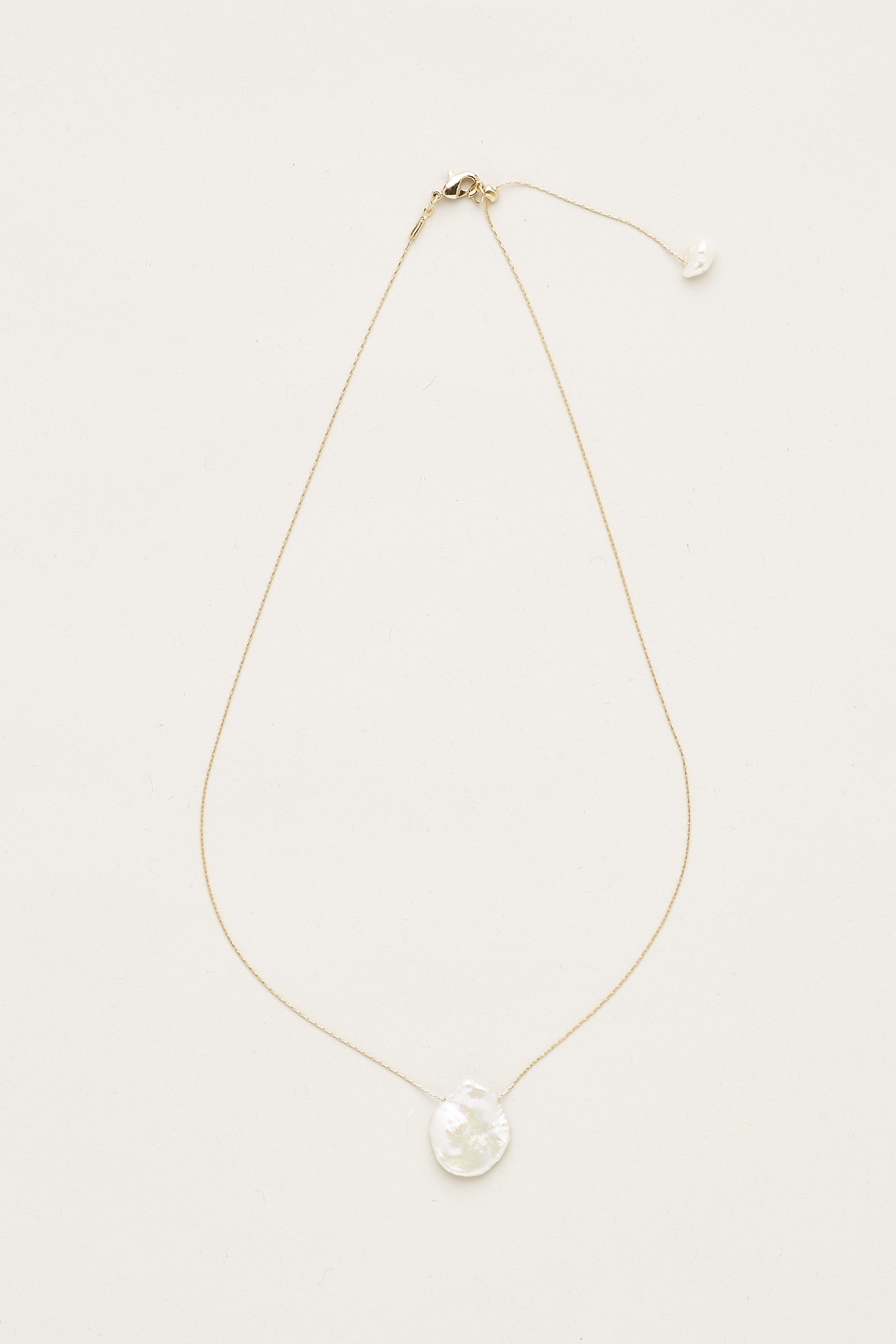 Chrys Pearl Necklace