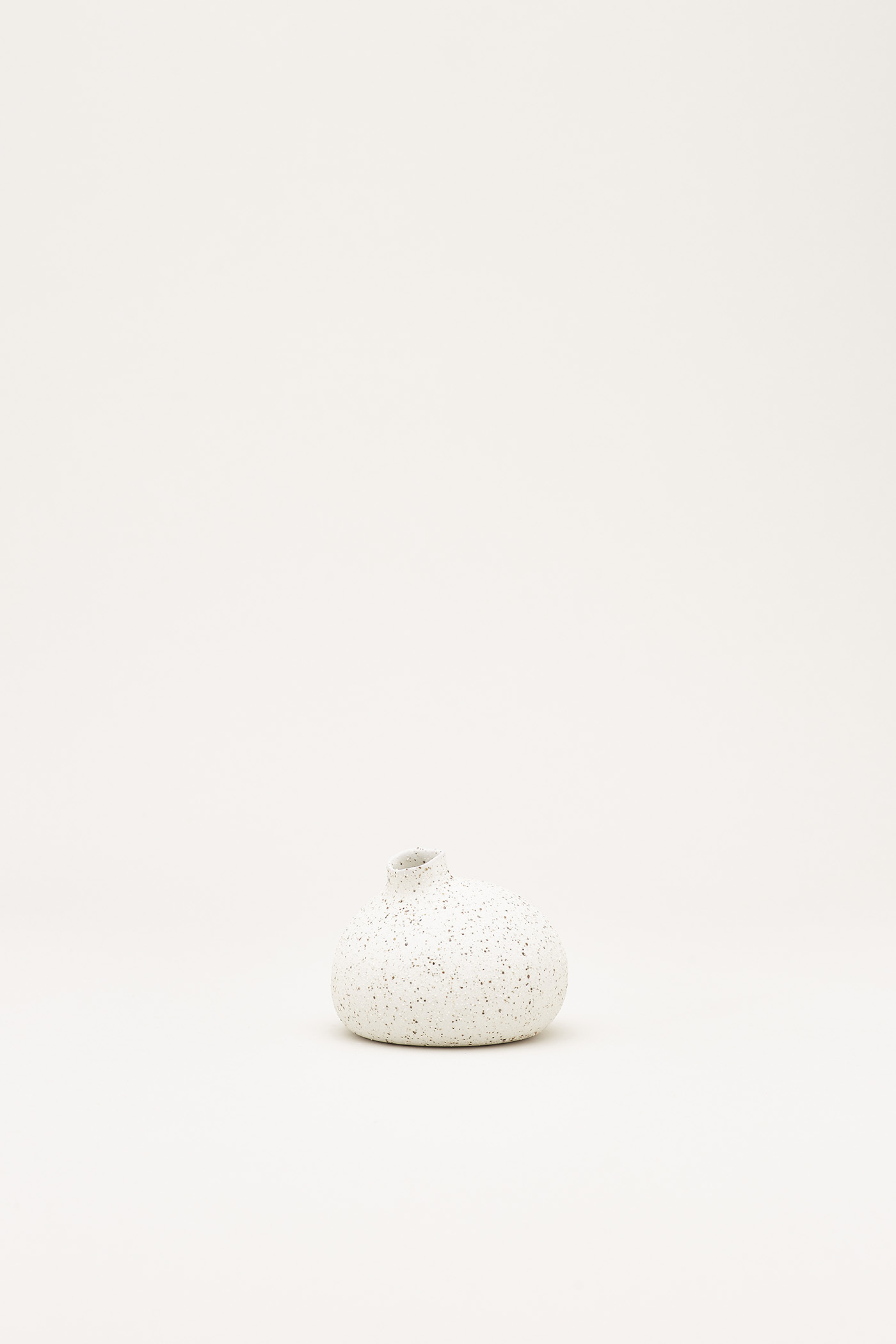 Sayuri Small Round Vase