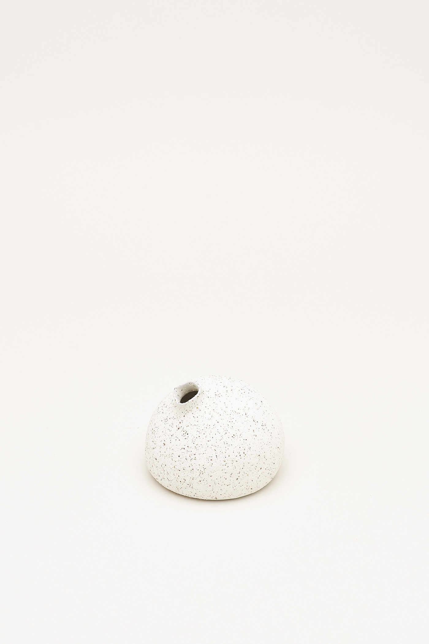 Sayuri Medium Round Vase