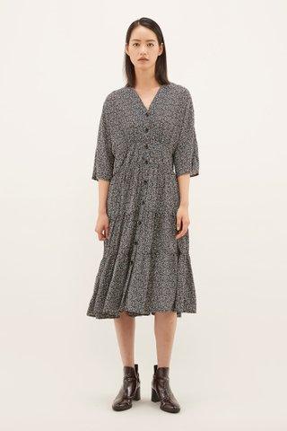Kameli V-neck Dress