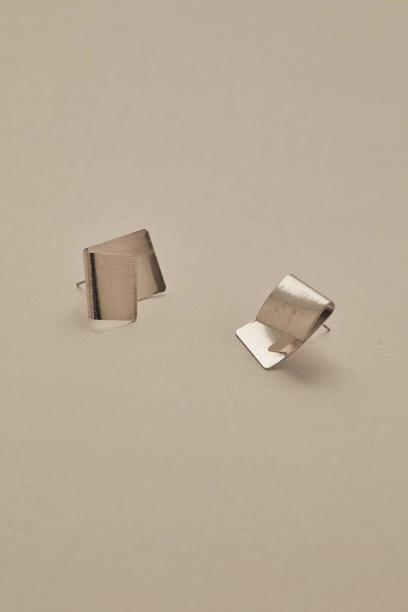 Gace Fold Earrings
