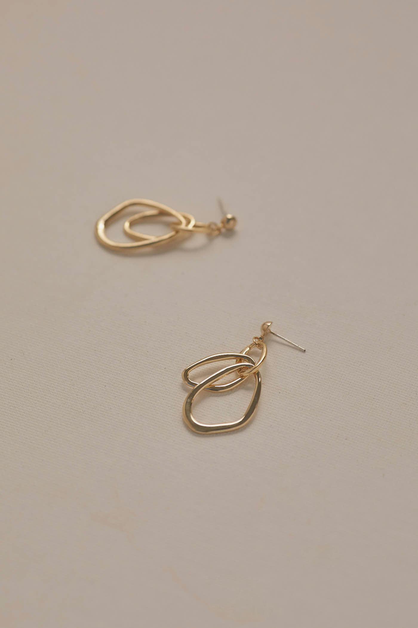 Mae Drop Earrings