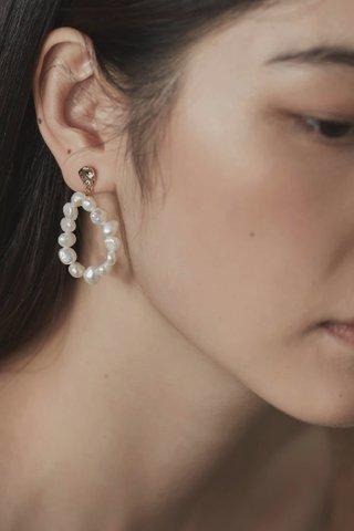 Dain Pearl Earrings