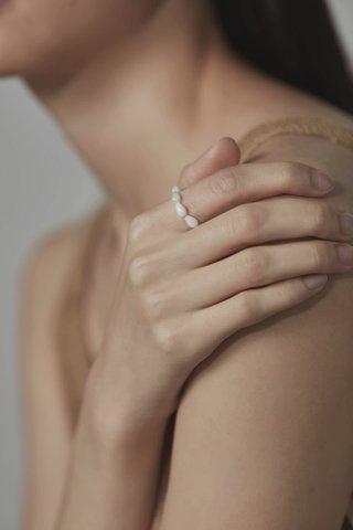 Vel Pearl Ring